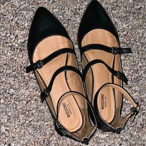 Mossimo Black Pointed toe Flats Women's size 8